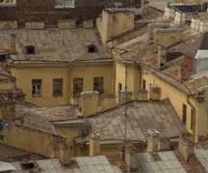 Петербургские крыши продолжат протекать