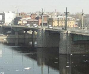Кантемировский мост так и не смогли развести