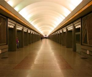 «Молодежное Яболко» объявило о начале сбора подписей за увеличение продолжительности работы метро