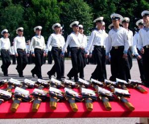 Сегодня состоится ритуал вручения дипломов выпускникам военно-морских институтов