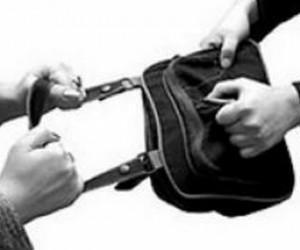 Входе охраны ПМЭФ были задержаны три цыганки