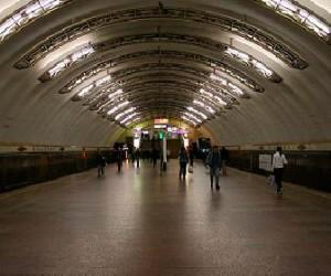 Переданы первые 20 тысяч подписей за продление работы метро