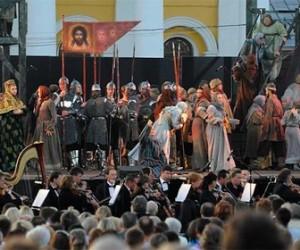Сегодня во дворе Михайловского замка продолжится фестиваль «Опера – всем»