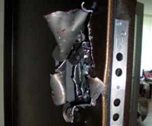 По проспекту Космонавтов ограбили две квартиры