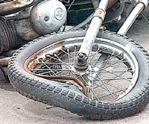 Полицейский сбил мотоцеклиста