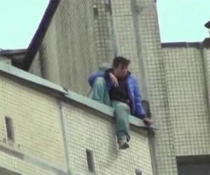 Сегодня в Выборге спасли мужчину от самоубийства