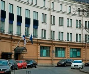 Правозащитники советуют забрать паспорта из Генконсульства Финляндии в Санкт-Петербурге