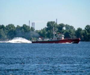 Пожар катера на Неве оказался плановыми учениями МЧС России