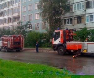 Из горящей квартиры эвакуировали четырехлетнего мальчика
