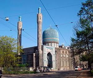 Из тех подростков, которые забрались на мечеть, лишь один – петербуржец