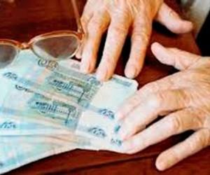 В Спб орудуют мошенники, отнимающие у стариков деньги