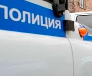 В Сосновом Бору нетрезвый скутерист наехал на полицейского