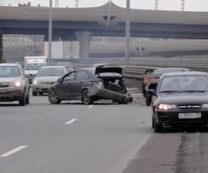 На КАДе столкнулись четыре автомобиля, есть погибшие