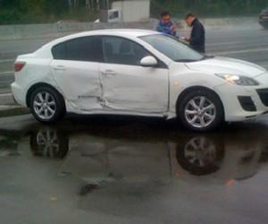 В Красногвардейском районе избили водителя и отпинали авто за неправильную парковку