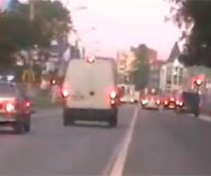 Ролик погони со стрельбой в городе Колпино взорвал интернет
