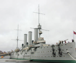 «Аврору» планирую сделать официальным символом Санкт-Петербурга