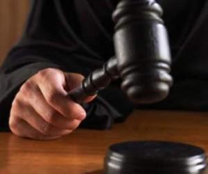 Судье Красногвардейского района вынесли предупреждение, по той причине, что он уменьшил компенсацию матери погибшей дочери в связи с тем, что та «может родить еще раз»