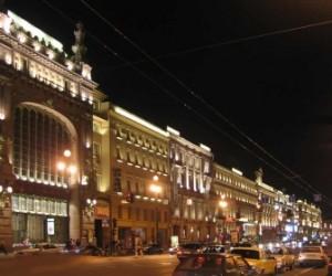 Осенью отремонтируют перекресток Владимирского и Невского