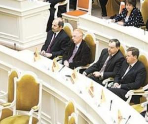 Депутаты Санкт-Петербурга хотят освободить себя от службы в армии