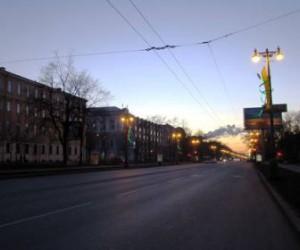 В ночь на 10-ое (субботу) движение по набережной Макарова будет односторонним