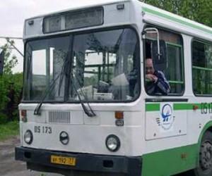 Жители Петербурга помогут Смольному в разработке нового графика движения общественного транспорта