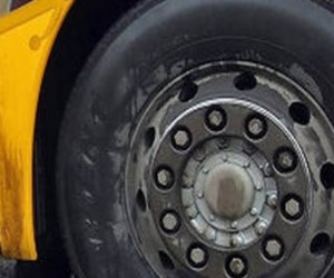 В результате аварии на Выборгском шоссе пострадали двое взрослых и пятеро детей
