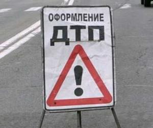 Водитель «шкоды», прокативший по Невскому на своем капоте пешехода, возможно, невиноват