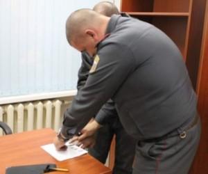 Хулиган избил полицейского на проспекте Обуховской обороны