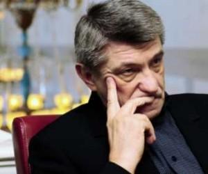 Бондарчук сказал, что не позволит вытеснить Сокурова с «Ленфильма»