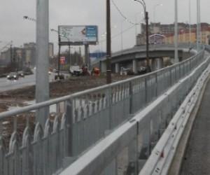 На Приморском шоссе сегодня открывается путепровод