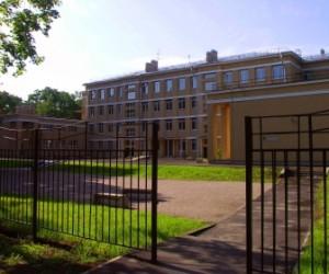 Администрация города не хочет тратить деньги на строительство детских садов и школ