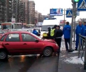 В результате ДТП на Выборгском шоссе пострадал один человек