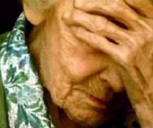 В Кировском ЦРБ изнасилована старушка