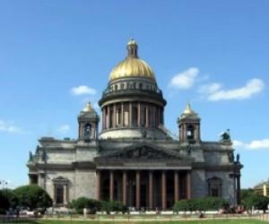 Четыре тысячи петербургских жителей споют на ступенях Исаакиевского собора