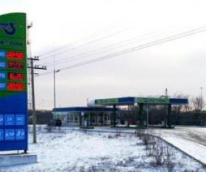 "В бензине АЗС ""Фаэтон"" обнаружены смолы, опасный метанол, кислород"