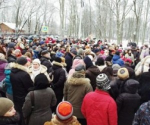 Полтавченко запретил митинги на Исаакиевской, Дворцовой площадях и на Невском проспекте