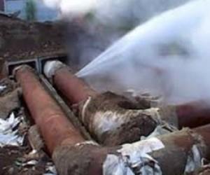 В Кировском районе произошел  прорыв теплотрассы