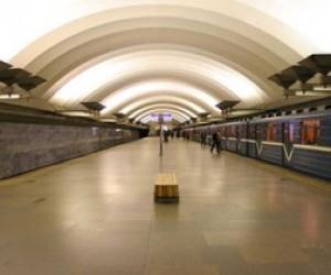 Массовая драка в метро Санкт-Петербурга