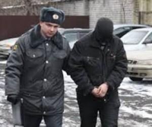По подозрению в угоне автомобиля задержан полицейский
