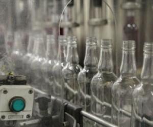 В Невском районе нашли склад с контрафактным алкоголем