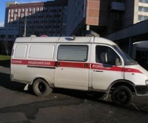 В Колпино автонарушитель совершил наезд на полицейского
