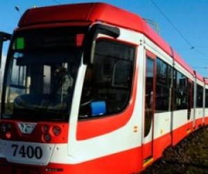 Власти Петербурга купят еще один челночный трамвай