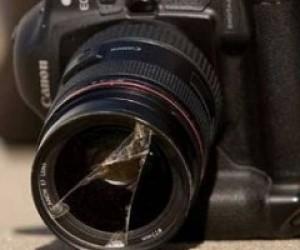 Четверо кавказцев напали на фотографа на станции метро «Гостиный Двор»