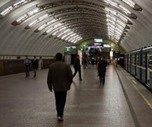 В питерском метро завязалась массовая драка