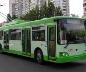 Троллейбусный парк Петербурга оснастили валидаторы
