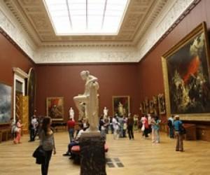Петербургским студентам вернут право бесплатного входа в музеи
