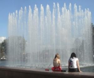После ремонта возобновит работу стометровый фонтан