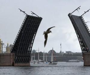 Наконец-то открыт Дворцовый мост!