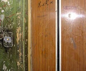 Петербуржцам придётся оплачивать ремонт старых лифтов