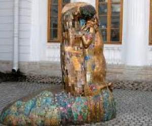 На территории Петербурга установят 8 современных скульптур